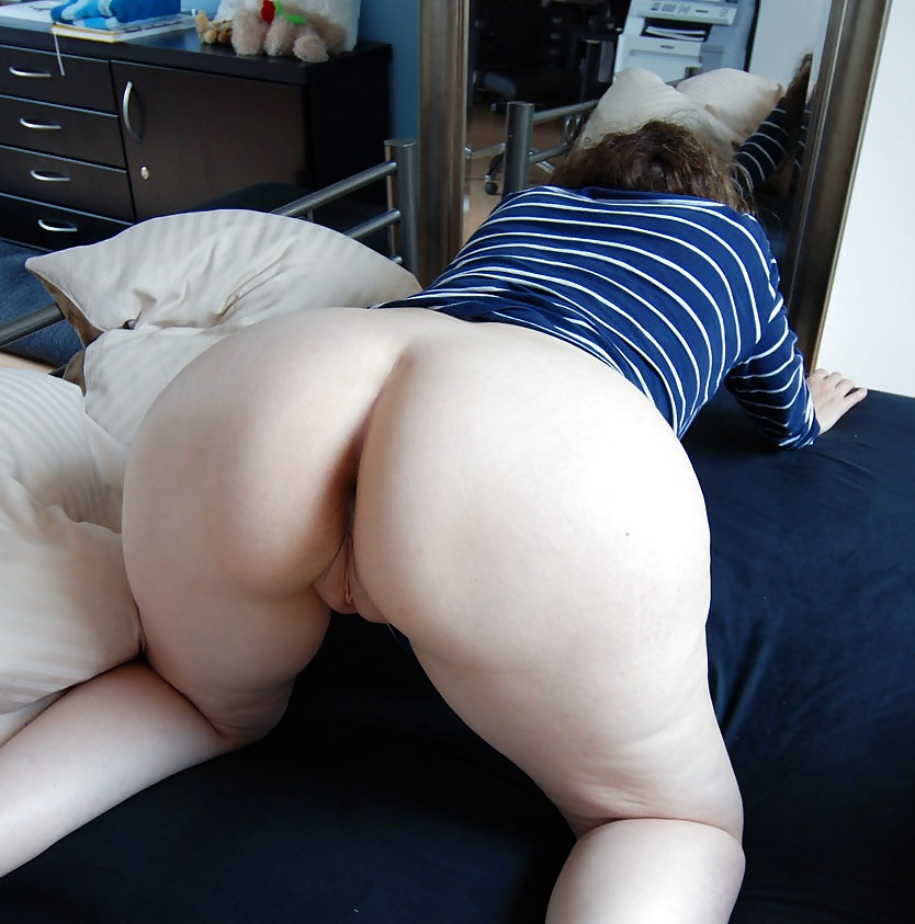 Big booty home sex naked