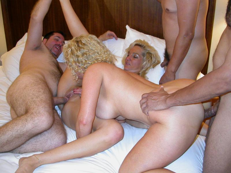 Amateur swinger wife dp