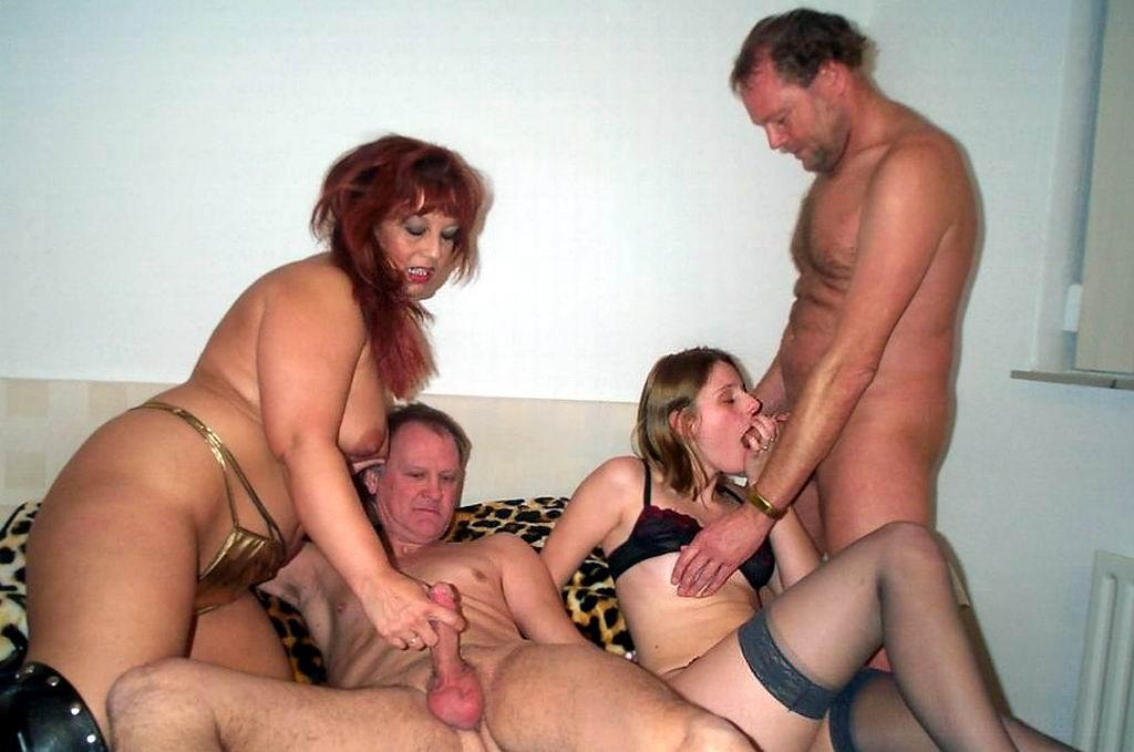 Married mature swingers fucking home sex party
