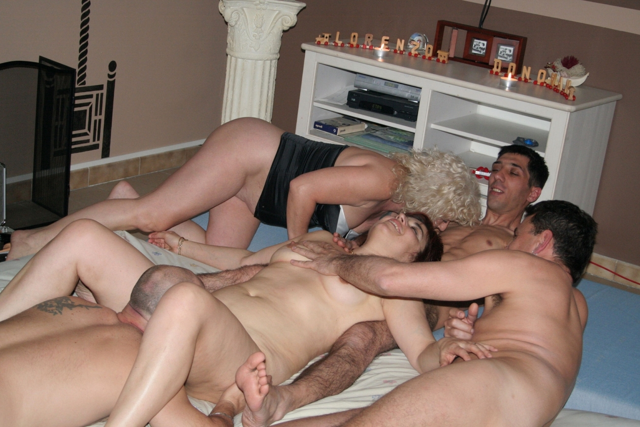 A swinger wife's first time