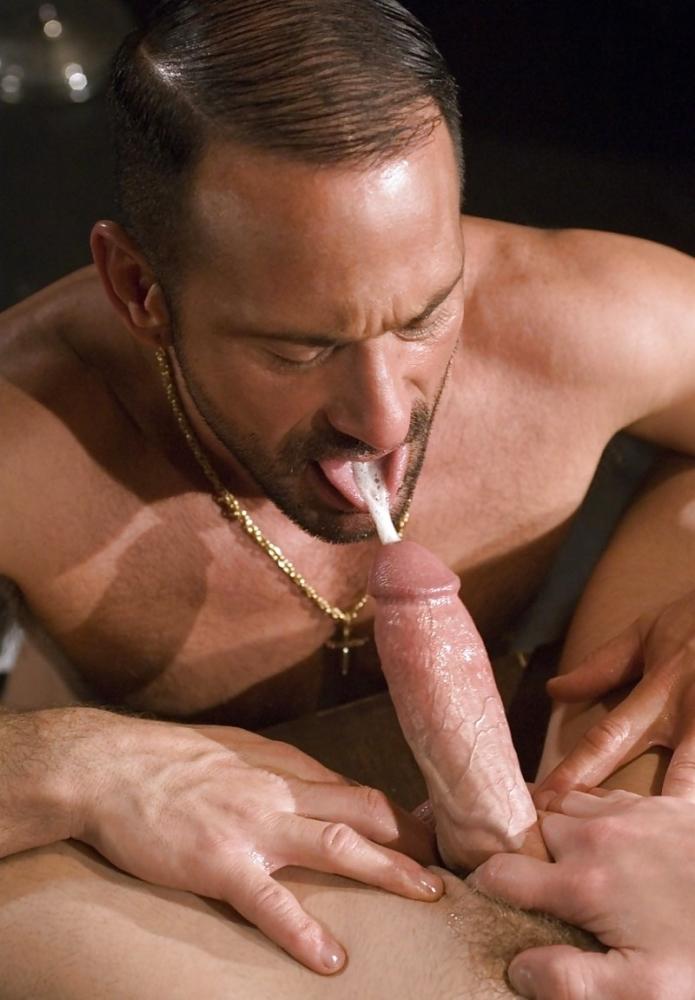 Of Gay Men Giving Blow Jobs Outdoors