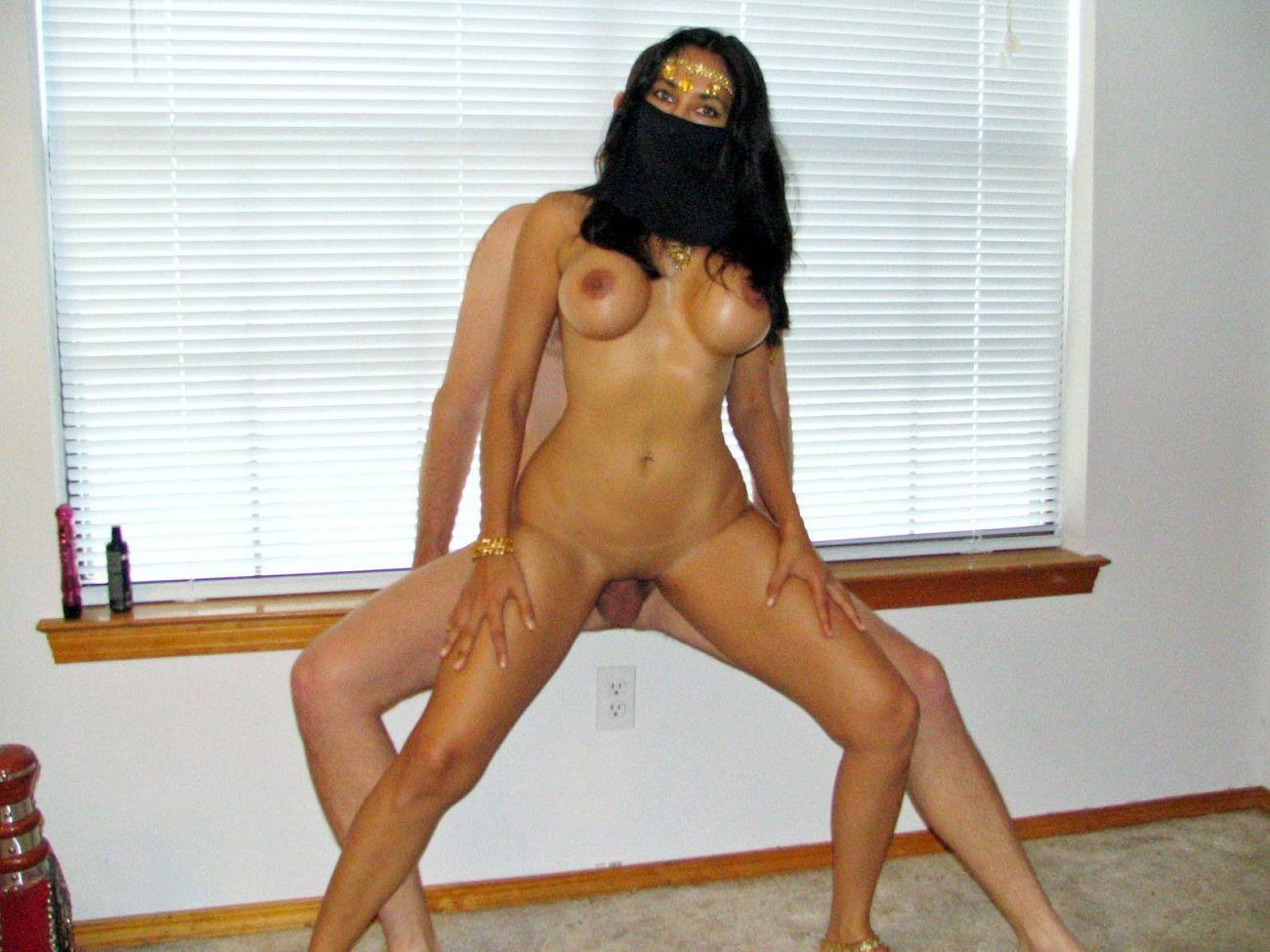 Beautiful arab girl having sex on sofa wearing white th porn pics