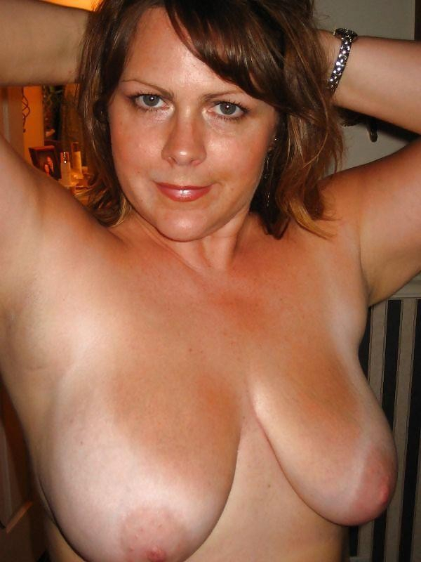 Mature Big Tits Ass Amateur
