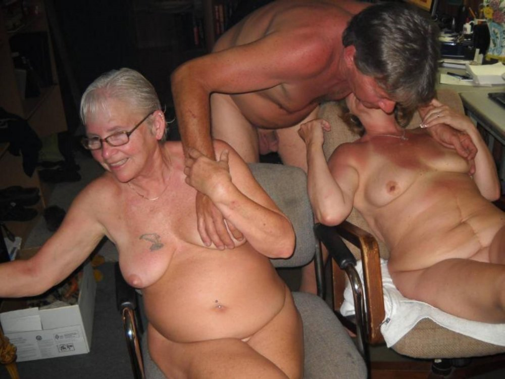 Mature Group Of Friendly Swingers Meet Up In Park Trailer For Groupsex