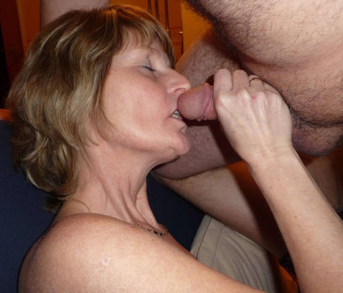 Old woman creampie porn pics