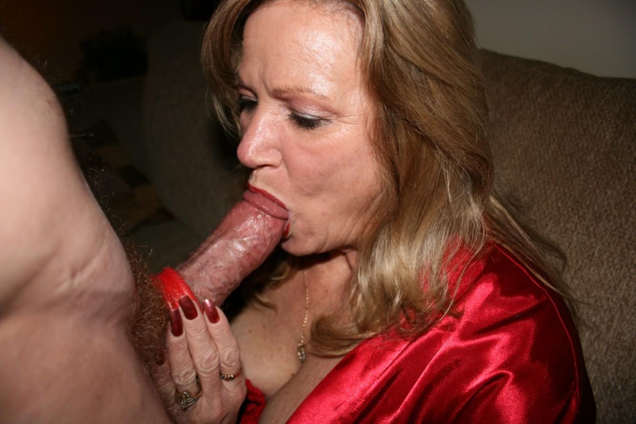 Images mature wives amateur oral sex