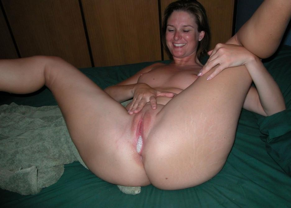 Amateur woman over 50 years old nude