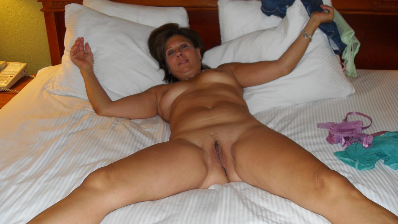 Beautiful Milfs Naked