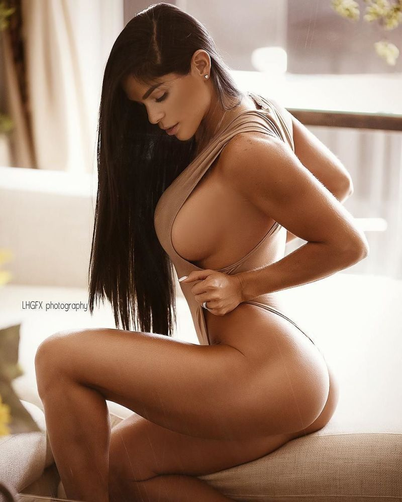 Michelle lewin playboy brazil nude picture