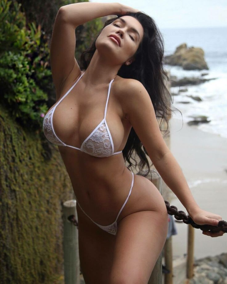 Courtney Stodden Shares Super Sexy Bikini Pictures