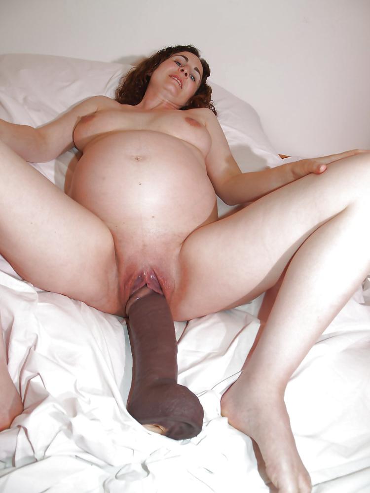 Bump on vagina during pregnancy