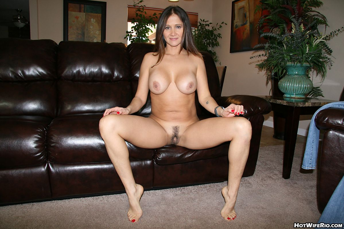 Latina Milf Nudity