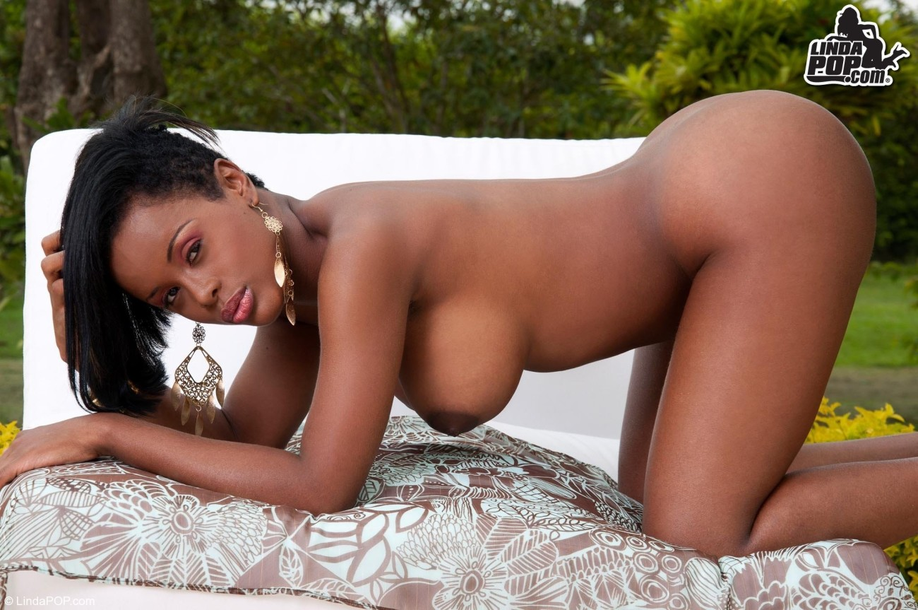 Amara La Negra Naked amara la negra nude - porn pictures.