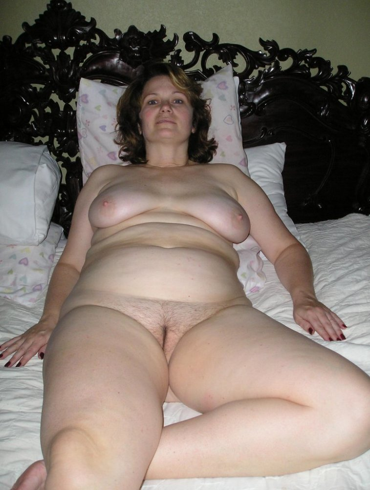 Naked beautiful chubby older women