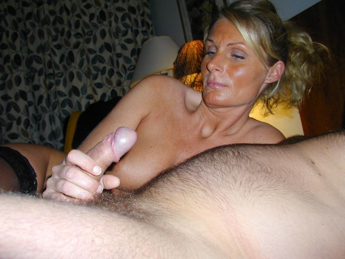 Amateur Wife Handjob Friend