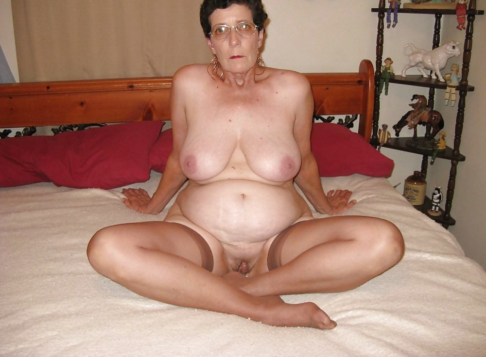 Grandma With Nice Tits Spreads Her Legs