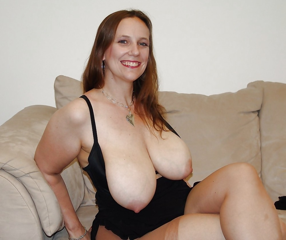 Mom with big boobs