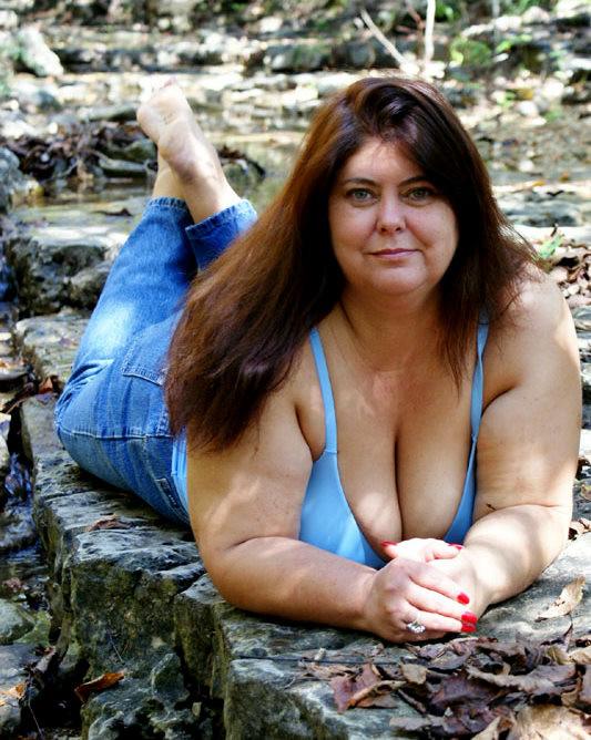 Saggy tits mature amateur pics