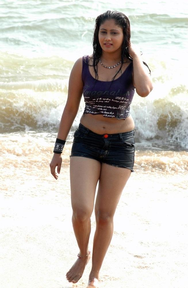 Malayalam Kambi Kathakal; Masala Actress HQ Images: 020120
