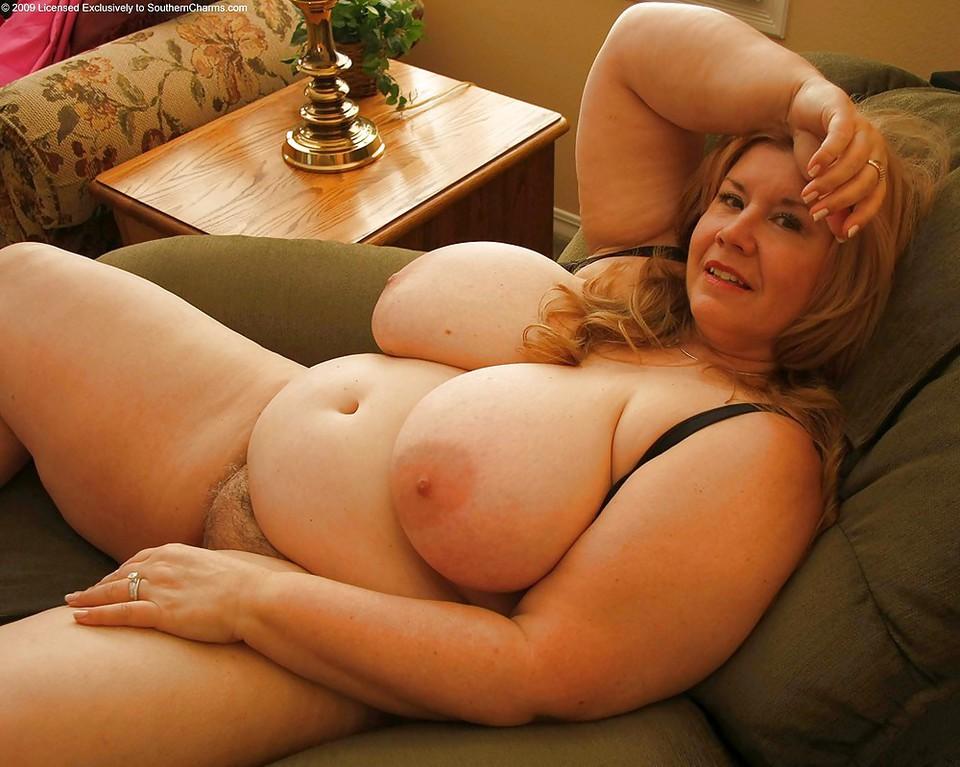 Big boob fat nude woman