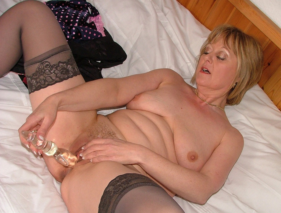 Mature stockings dildo