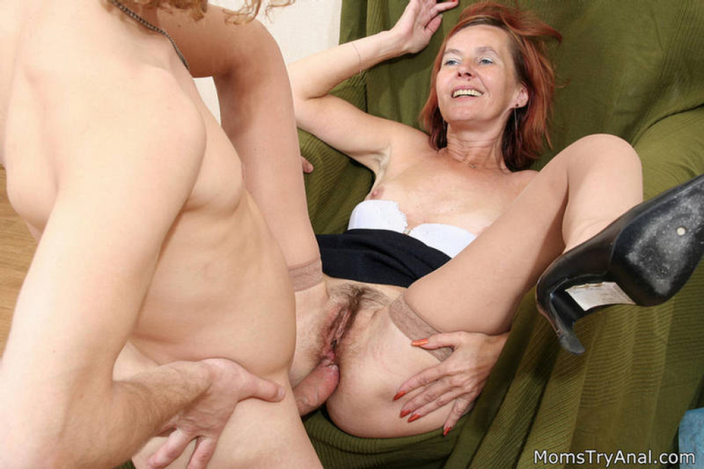 Mature Mom Double Penetration Hardcore Anal Fucked In Interracial Sex Photo