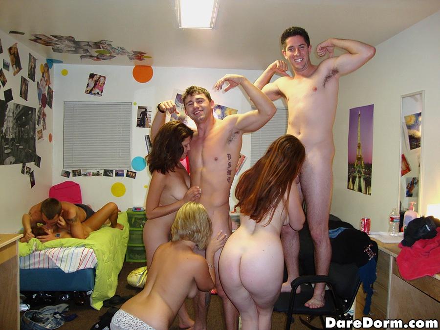 Free dorm room cam
