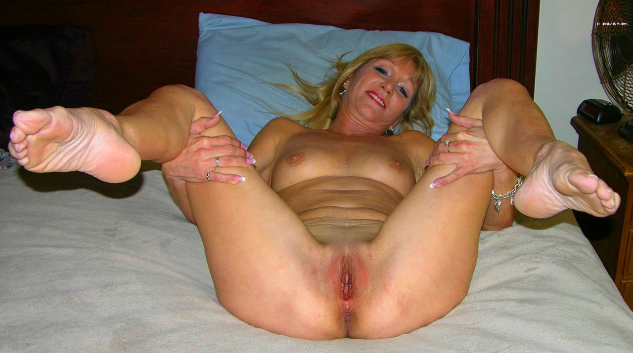 Still tight aunt's pussy by free nude mature females gallery