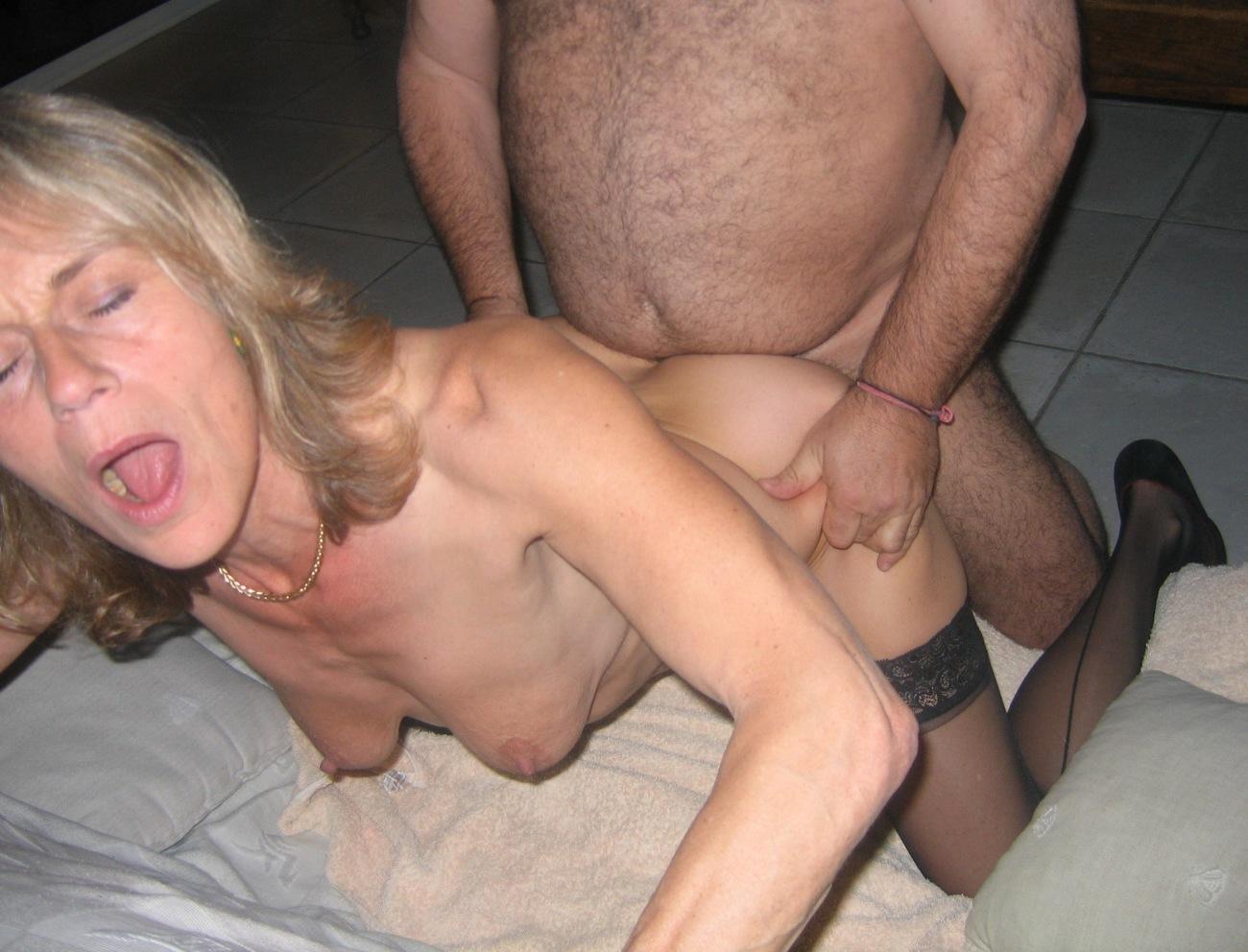Mature women fucking young