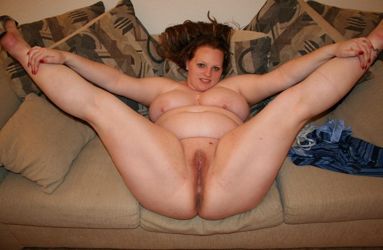 Chubby girls legs open creampie
