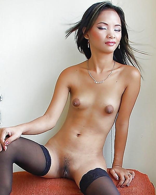 Skinny chinese girl nude