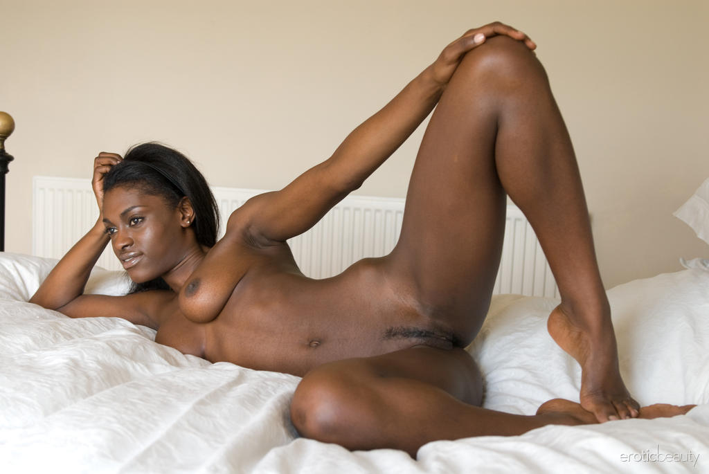 Black Bitches Naked On A Hot Lesbian Sex