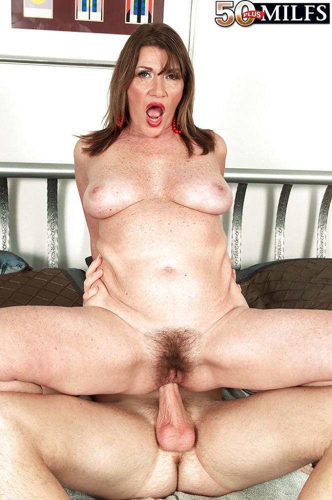 Mature hairy anal milf