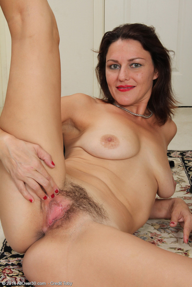 AllOver30Free- Hot Older Women - 41 Year Old Joana Jakes