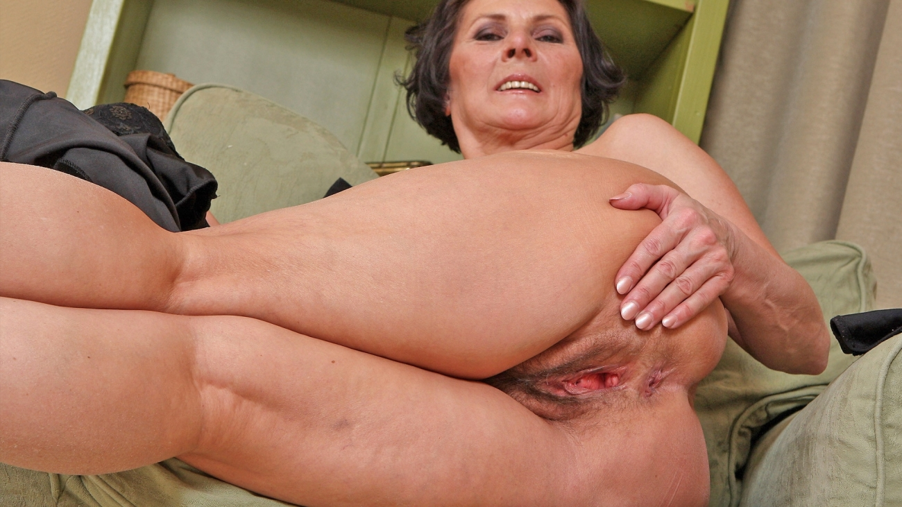 We present old women porn free xxx galery