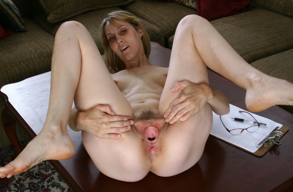 Skinny milfs sex pics, hot naked moms photos