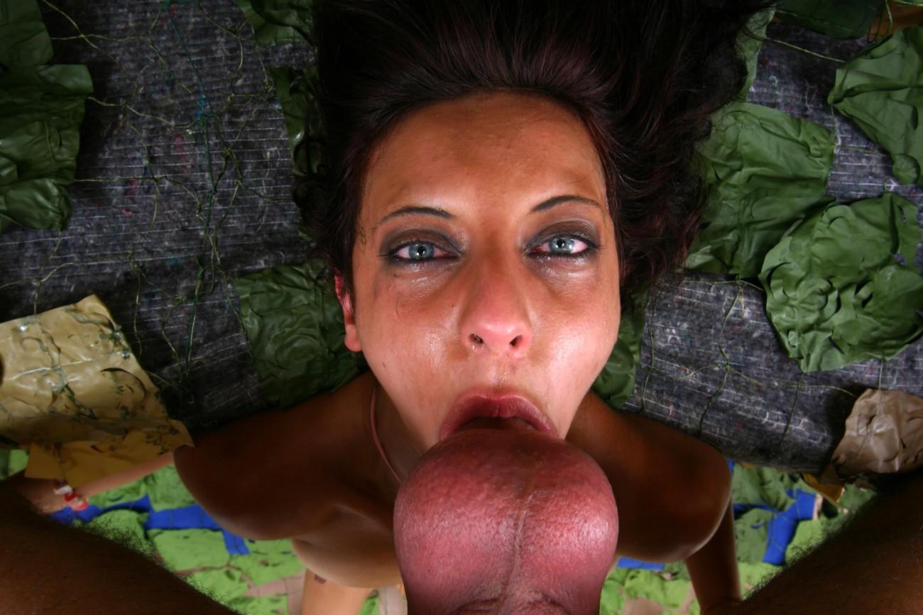 Free gagging deepthroat porn pics