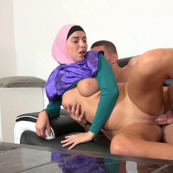 Free porn hijab pics