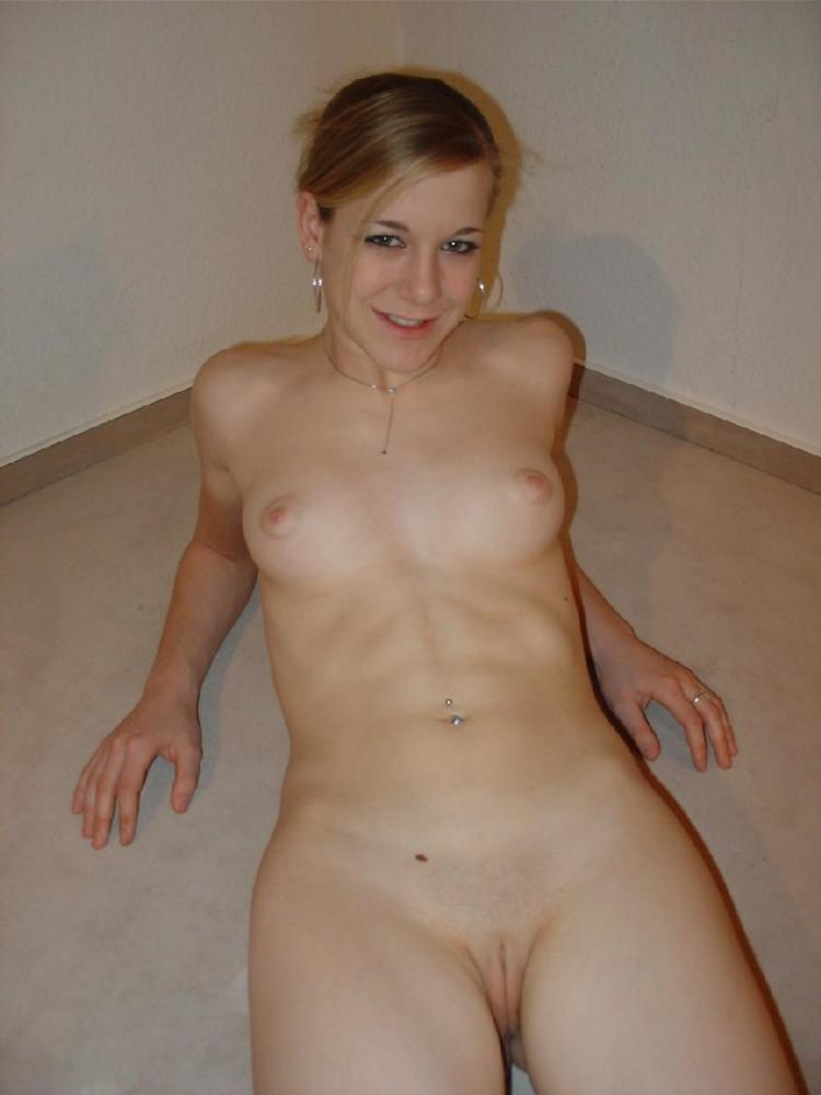 Blonde Amateur German Teen Picture Uploaded By Movie Maniac