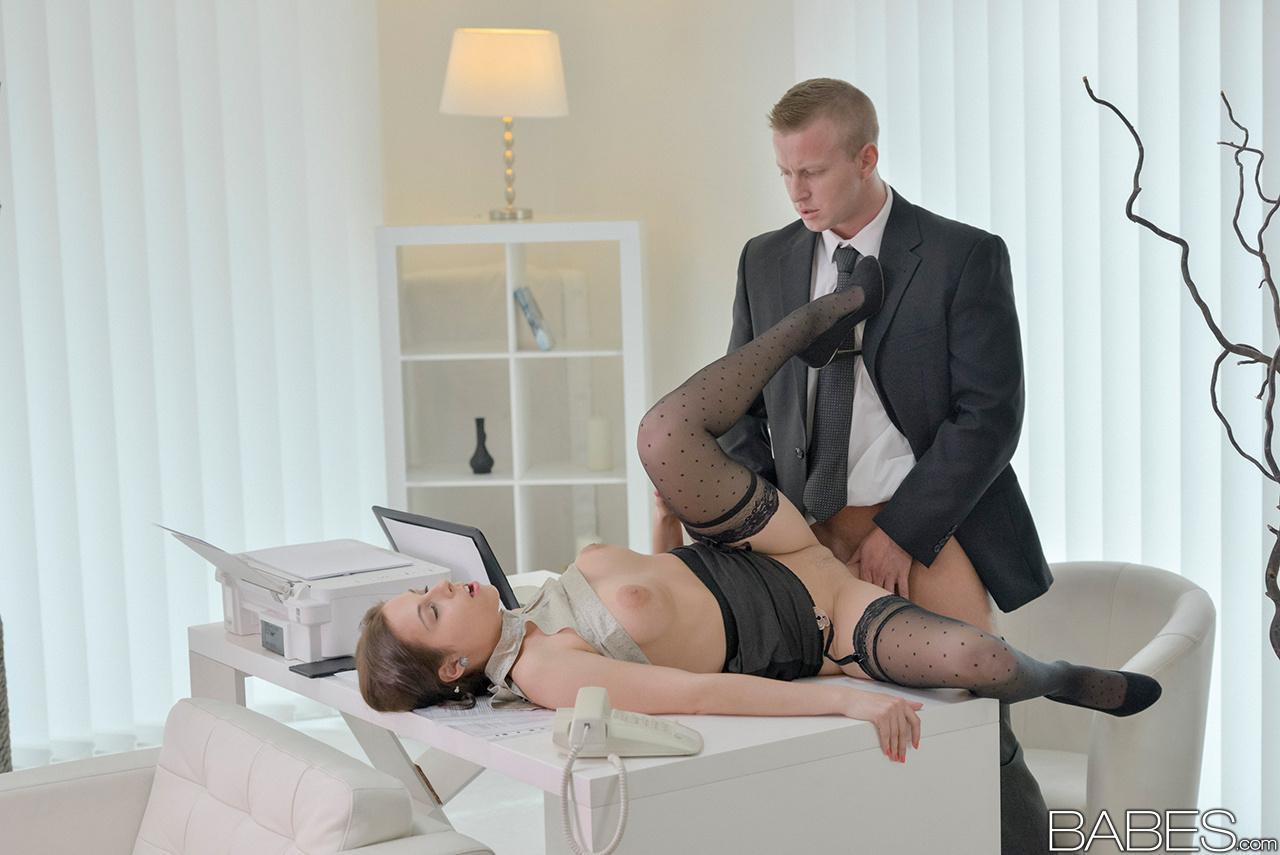 Karlee Grey Screws Her Boss On A Desk In Nude Stockings