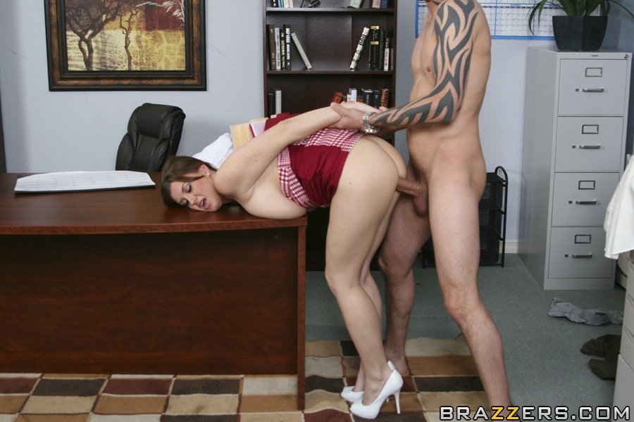 Kortney kane fucked hard in the office