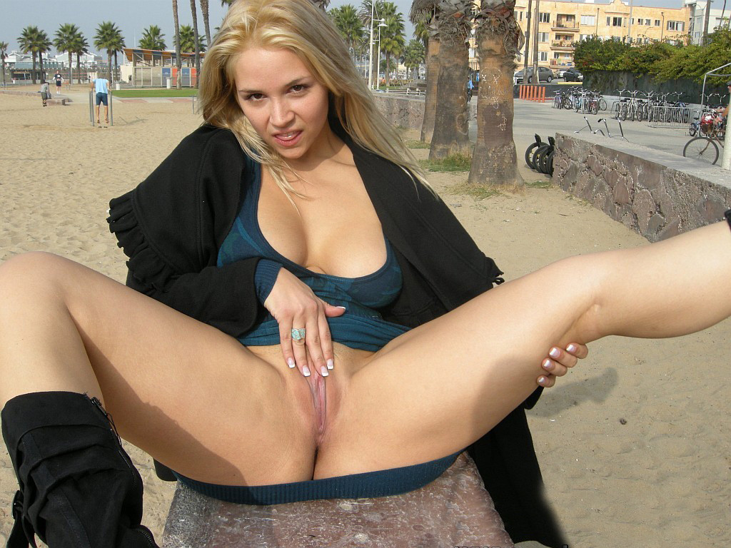 Just a horny and skanky milf in public flashing her pussy