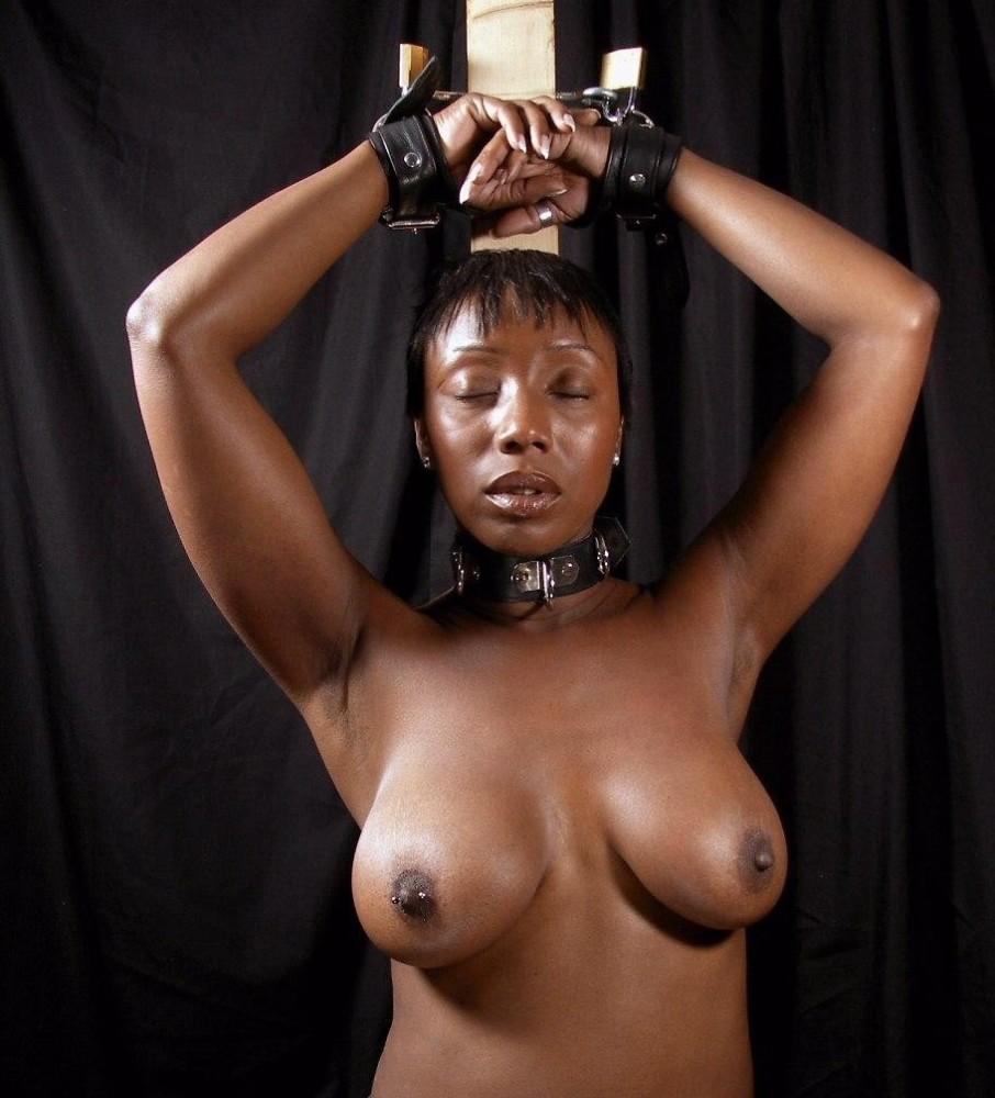 Ebony pussy fucked hard pics