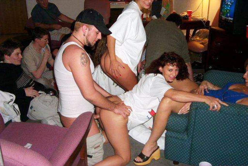 Naked swinger party pics, nude girls all free