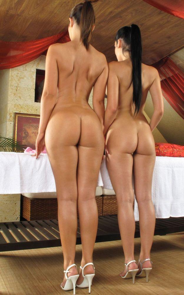 Tall Nude Girls